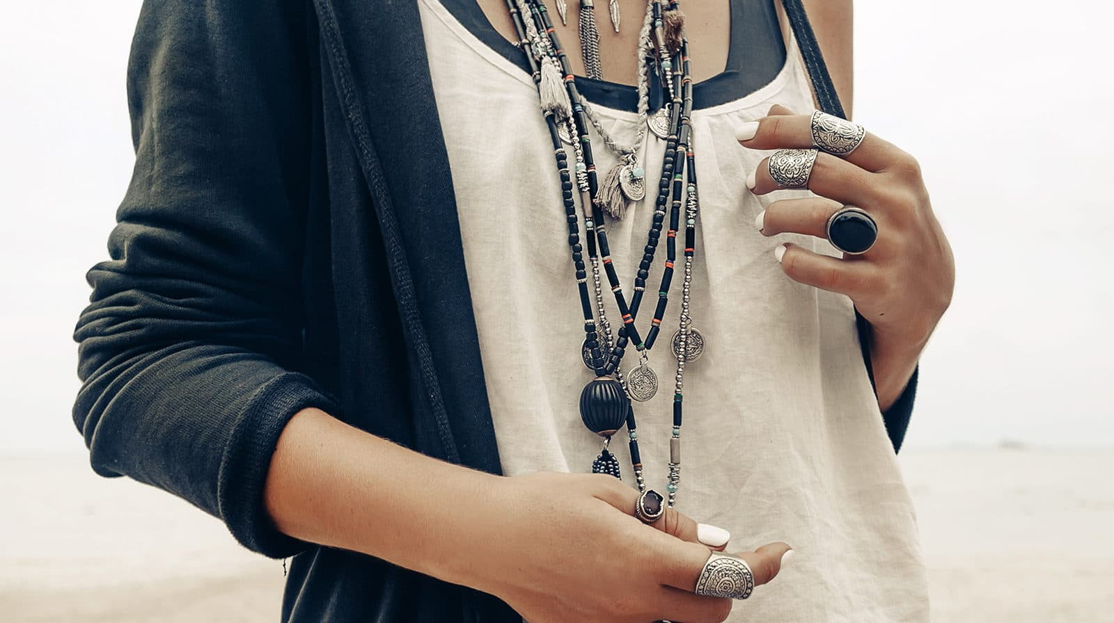 Your Definitive Guide To Fashion Jewelry Style This Season