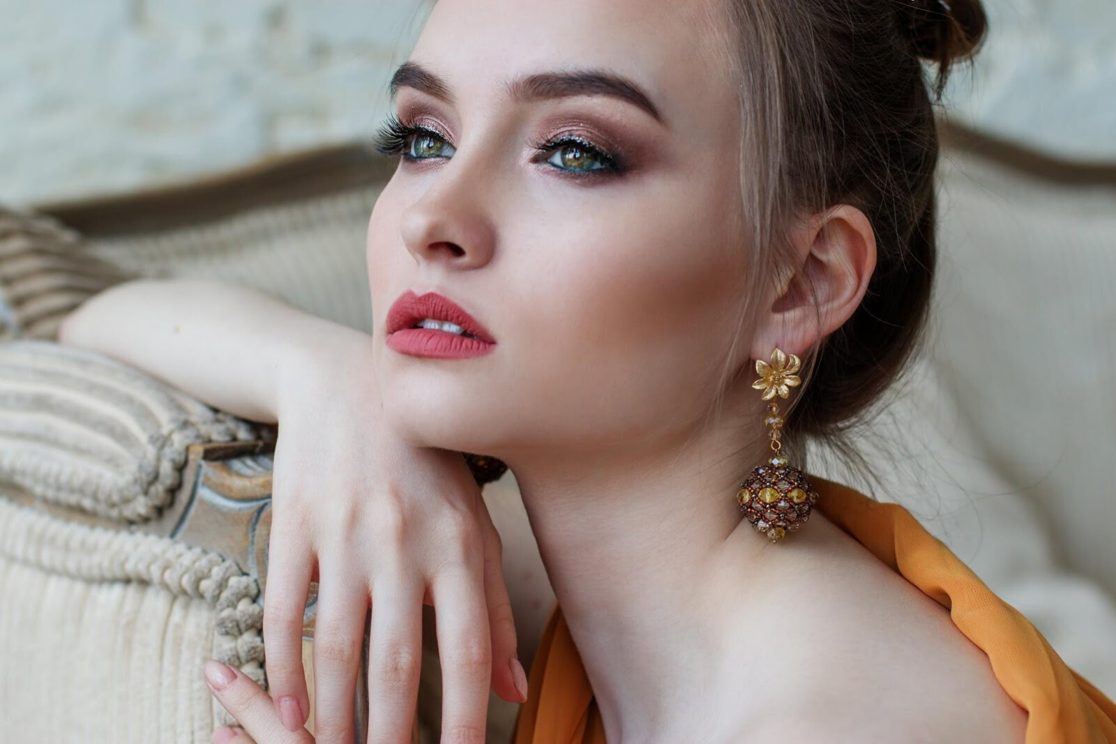 Woman Wearing Big Earrings | Your Guide To Fashion Jewelry Styles & Accessories