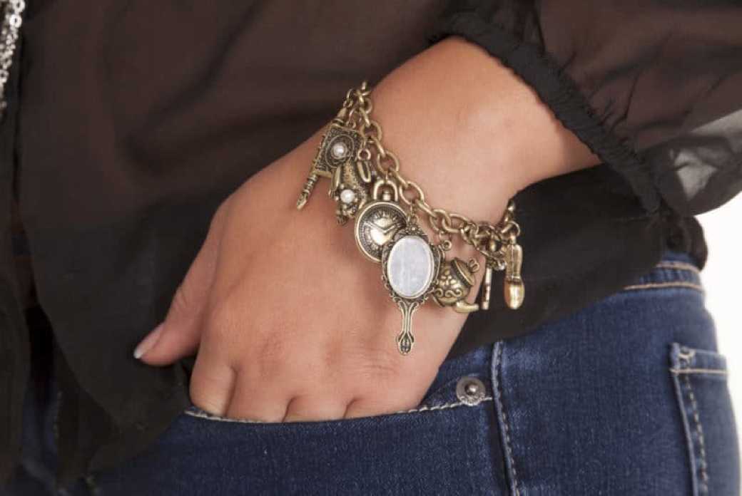 Bracelet | 31 Most Popular Fashion Jewelry Trends For All Seasons