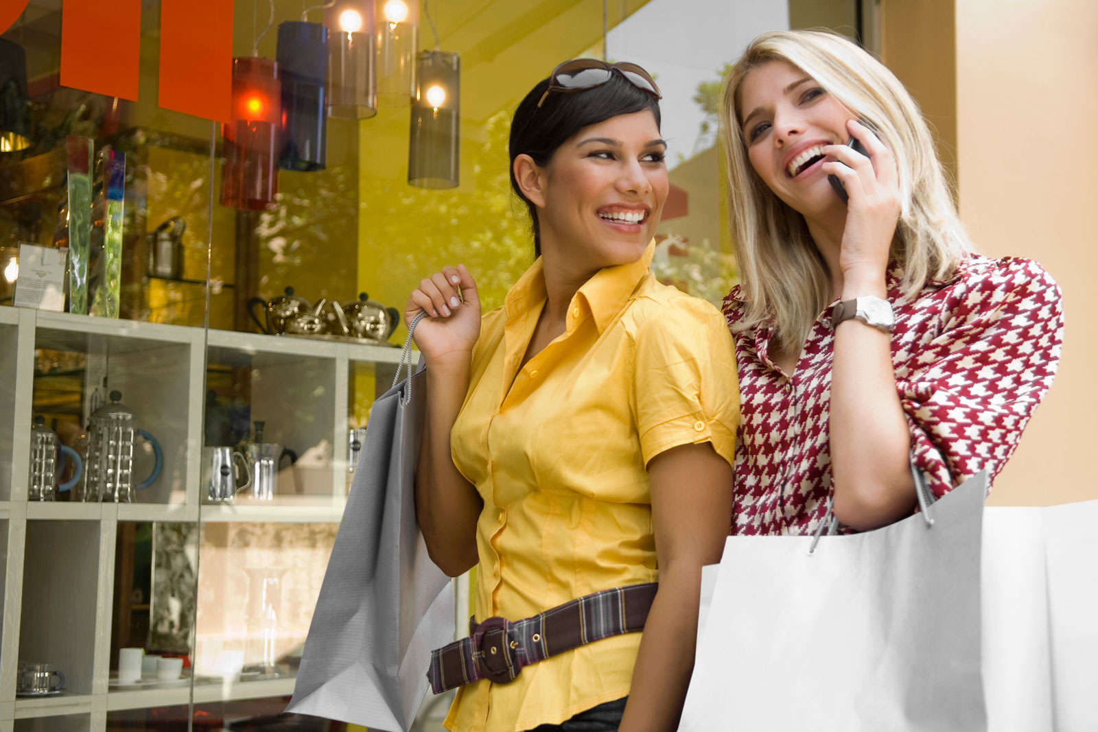 Women Shopping | 6 Tips For Picking The Best Affordable Women's Watch