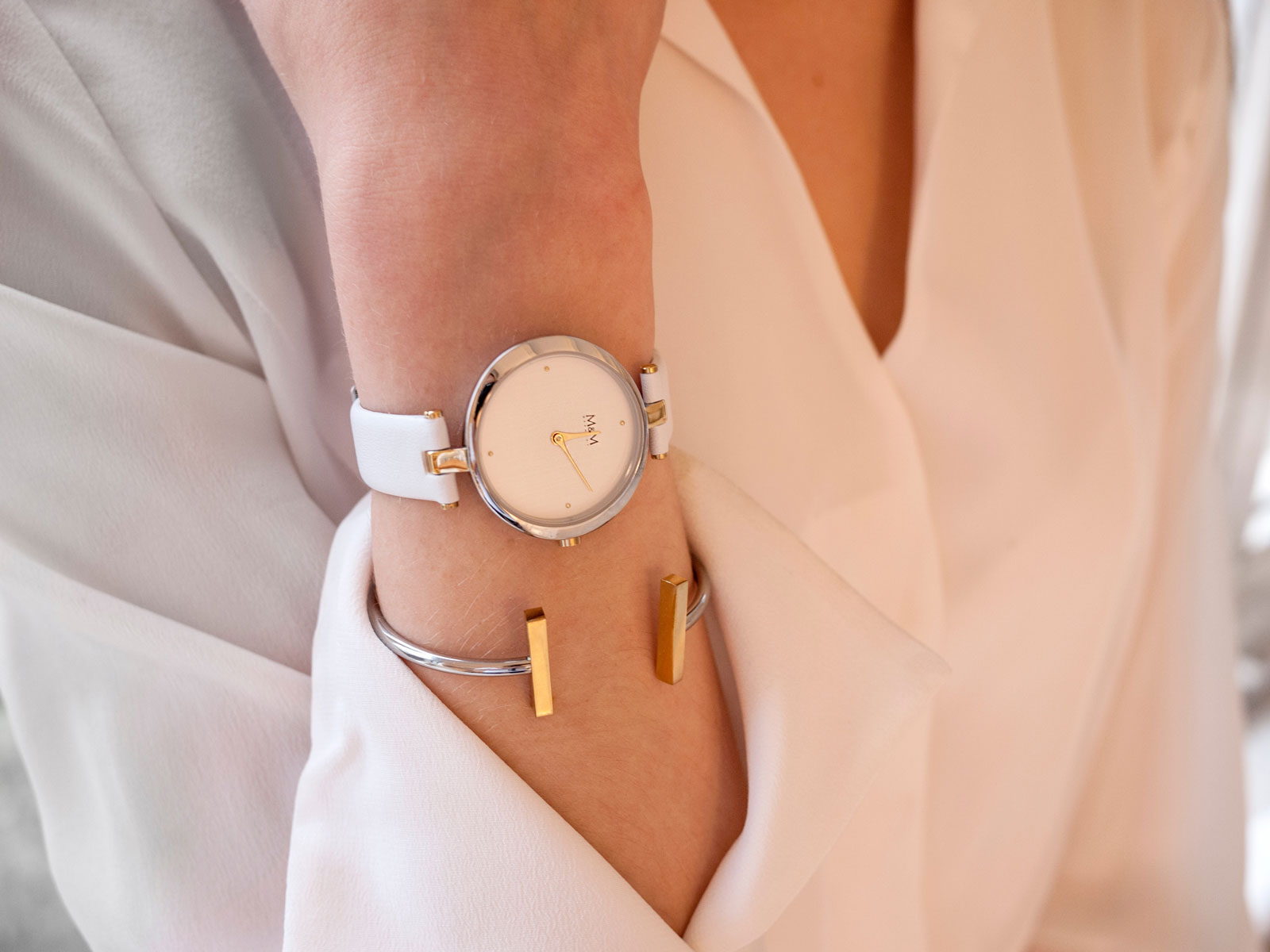 Women's Watch with Bracelet | Are Women's Watches Becoming More Fashionable & Popular?