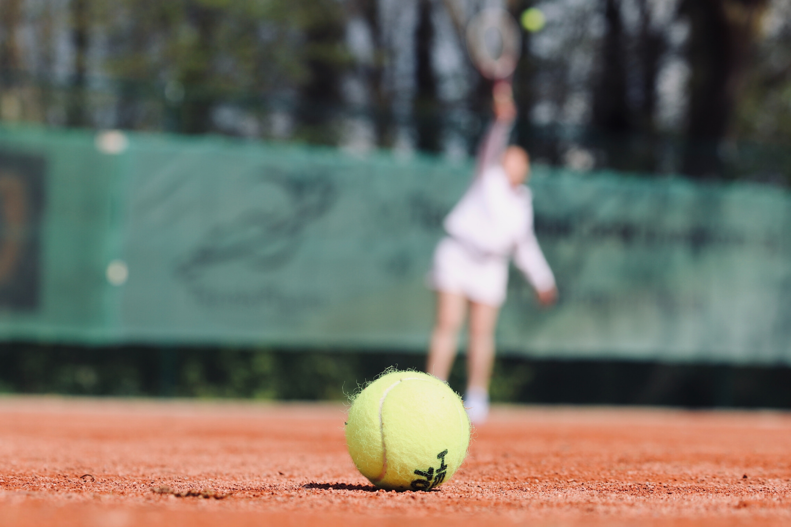 Tennis Ball | Here's A Completely Brief History Of Tennis Bracelets